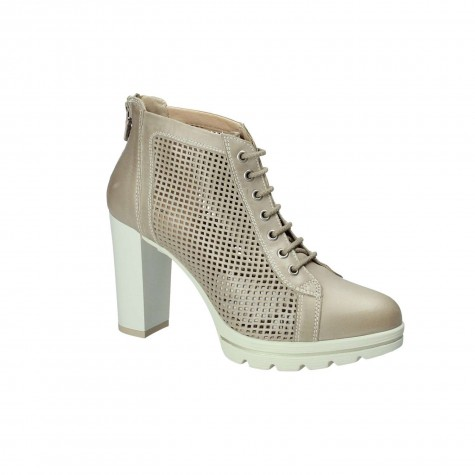 NERO GIARDINI ANKLE BOOT LACED LEATHER PERFORED SANDY