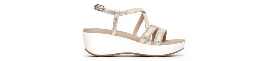 Medium Wedge Sandals